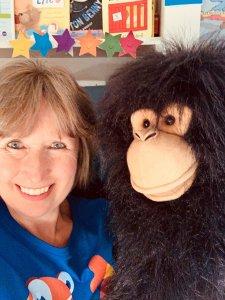 TEFL teacher Louise teaching English online